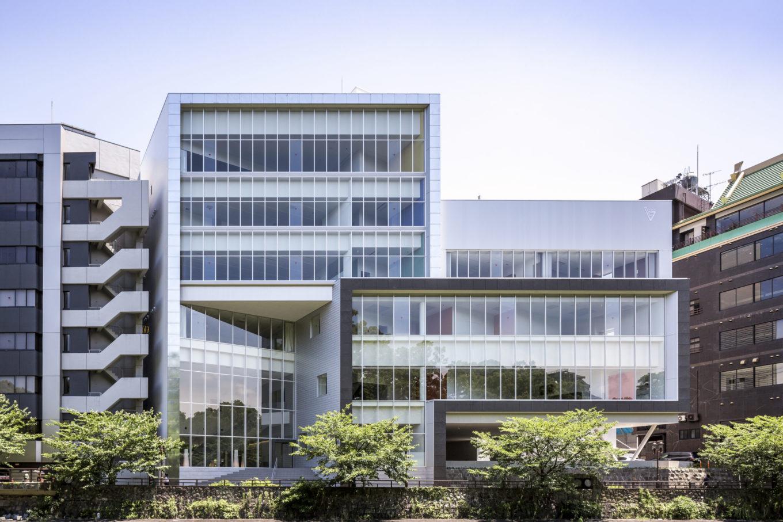 熊本県医師会館イメージ
